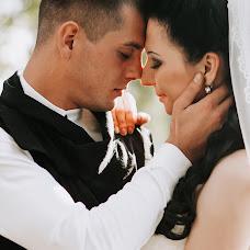 Wedding photographer Antonina Riga (tonya). Photo of 19.10.2017