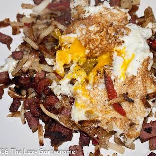 Easy Homemade Corned Beef Hash & Eggs.