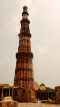 Photo: Das mit 71 m höchste Minarett Indiens