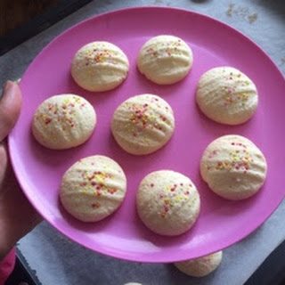 Cornstarch Meltaway Cookies