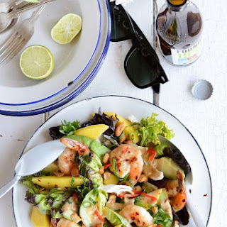 'Gala' Prawn, Mango, Avocado & Chicken Salad with Spicy Peanut Dressing