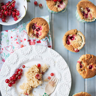 Fluffy and Moist Vegan Red Currant Muffins.