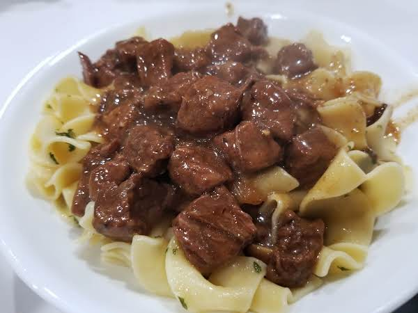 ~ Hearty Instant Pot Beef Tips ~ So Tender