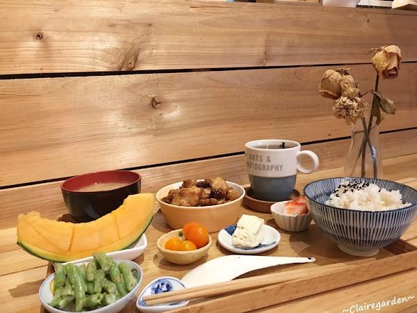 NUKI Coffee~巷弄中的有溫度老宅文青咖啡館
