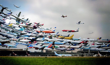 Photo: Incredible multiple exposure shot by +Ho Yeol Ryu of hundreds of planes taking off at Hanover airport. It's a nice way of showing just how busy traffic is in airports ...