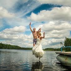 Wedding photographer Anatoliy Pavlov (OldPhotographer). Photo of 10.08.2015