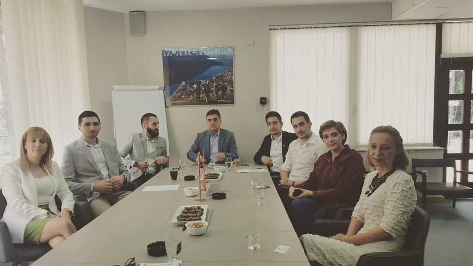 https://omsa.me/images/Prijem-studenata-u-Ambasadi-CG---Makedonija.jpg