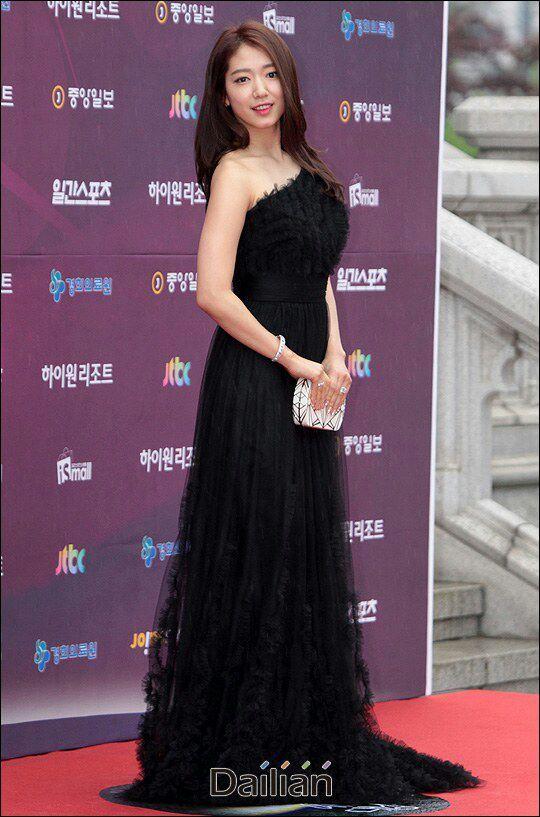 shinhye gown 9