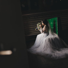 Wedding photographer Elena Marinina (fotolenchik). Photo of 14.01.2018