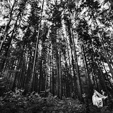Wedding photographer Aleksandr Korobov (Tomirlan). Photo of 14.10.2017