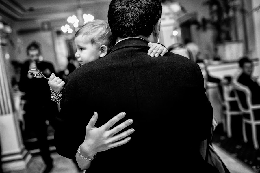 Wedding photographer Marius Barbulescu (mariusbarbulescu). Photo of 23.09.2014
