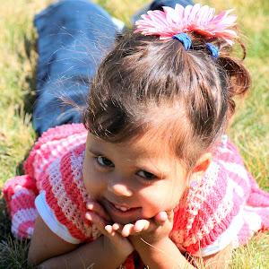 4-04-2013 Mia Posing 010.JPG