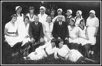 Photo: Zdjęcie grupowe, kogo przedstawia? Link do poprzedniej części galerii: https://picasaweb.google.com/Sanrideau/RudnikCd1#