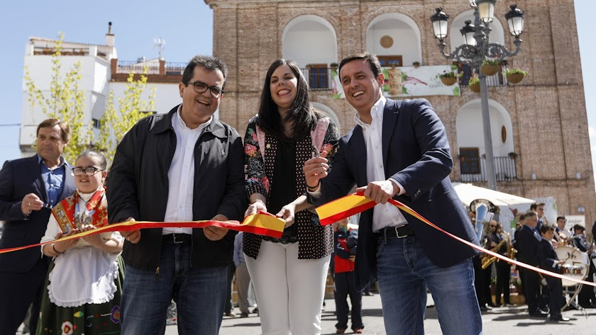 Inaugurada la XIII Feria del Vino de la Alpujarra en Laujar