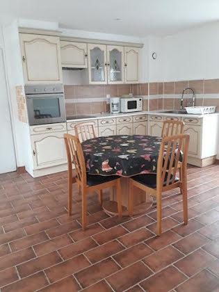Location appartement meublé 2 pièces 73,95 m2
