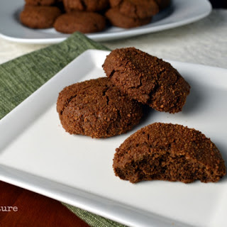 Paleo Gingersnaps... made with cassava flour!
