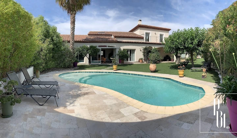 Maison avec piscine et terrasse Port camargue