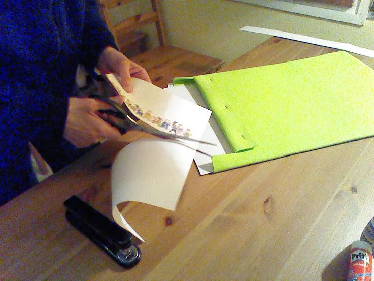 También lo haremos con los dibujos que pondremos en la solapa superior.