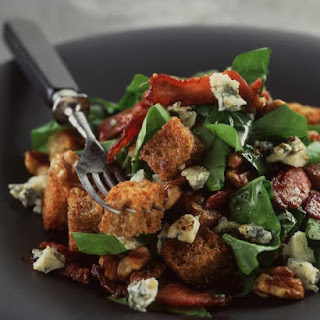 Spinach, Walnut and Bacon Salad