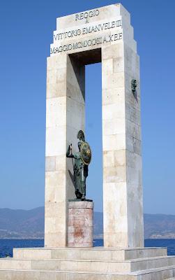 monumento a Vittorio Emanuele III di c