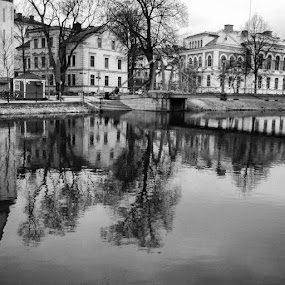 Uppsala, Sweden by Issam Shaheen - Black & White Landscapes ( uppsala, uppsalastad, sverige, sweden, scandinavian, loves_sweden, photographers, photo, photos, photographers, photographer, photograph, photographey, photoshooting, photography, photooftheday, photoshoot, photoshoots )