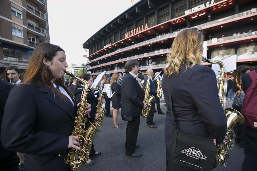 Las Sociedades Musicales pasan a la historia y consiguen 13 Guinness en el 50º aniversario de la FSMCV