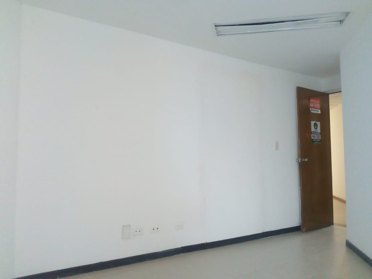 oficinas en arriendo centro 755-8337