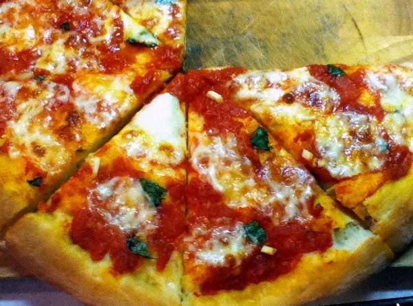 Lisa's Pizza Margherita Recipe
