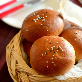 STUFFED BUNS WITH PANEER MASALA.