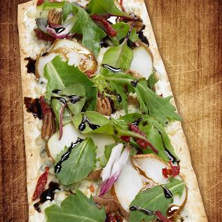 Thin Crust Pear & Gorgonzola Pizza