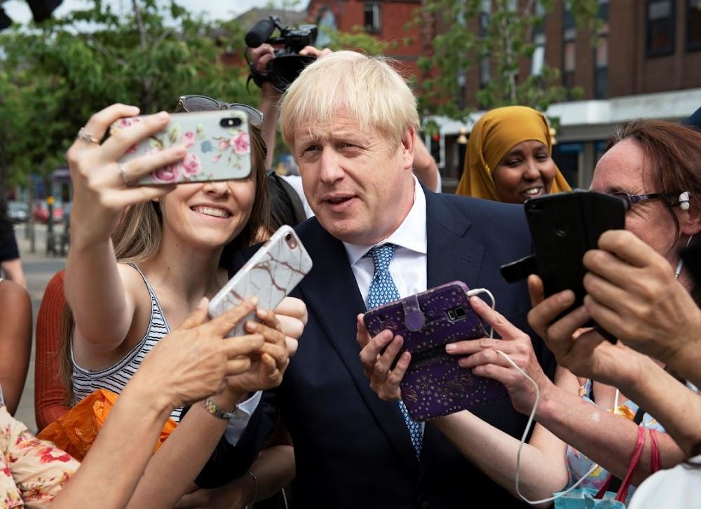 'N Mini-oorwinning vir Boris Johnson as die Ierse hof die Brexit-uitdaging' no deal 'van die hand wys