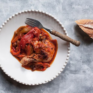 Pollo e Peperoni (Chicken with Tomatoes and Red Peppers).