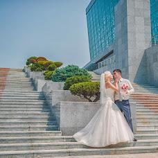 Wedding photographer Olga Chepalova (DenisovnaForever). Photo of 08.03.2015