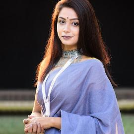 The Beauty of Bengal  by Avishek Dey - People Portraits of Women ( #goldenhour, #naturallight, #portraitofwoman, #saree, #portrait, #indianlook )