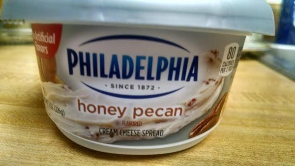 Here is what the cream cheese spread looks like.