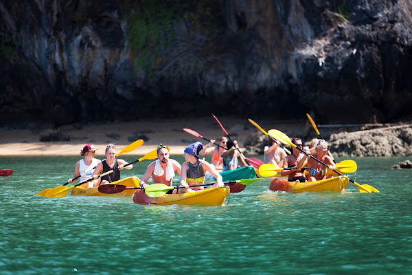 Paddle by kayak around the island