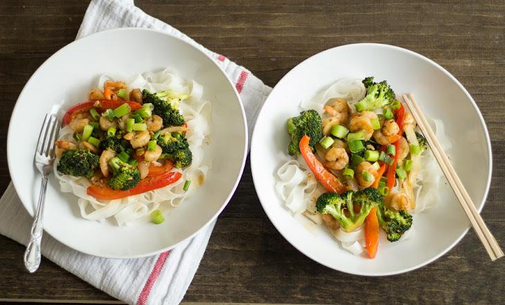 20 Minute Ginger Shrimp and Broccoli Stir-Fry Recipe