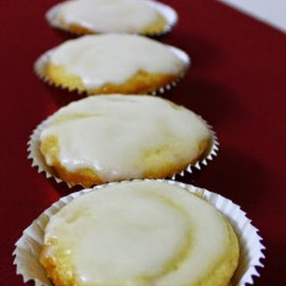 Eggless Lemon Cupcake.