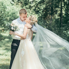 Wedding photographer Bazhena Mozolevskaya (bozhenaby). Photo of 23.08.2017