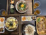 執圓台式丼飯