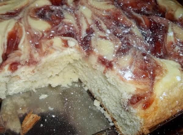 Strawberry Cream Cheese Cake - Yum!