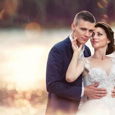 Wedding photographer Yaroslav Semenyuk (Semeniook). Photo of 22.11.2016