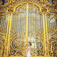 Wedding photographer Mariya Alt (Mariaparis). Photo of 10.10.2013