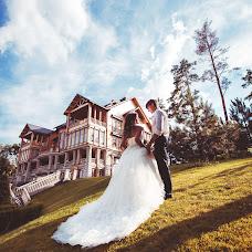 Wedding photographer Viktoriya Dovbush (VICHKA). Photo of 17.07.2014