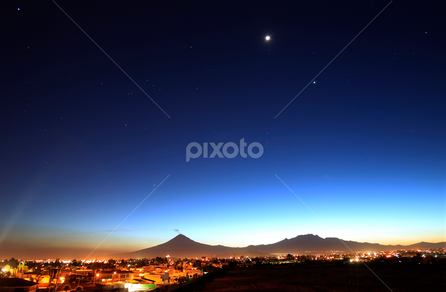 Volcanos at night by Cristobal Garciaferro Rubio - City,  Street & Park  Vistas ( sky, volcano, stars, volcanoes, nightscape )