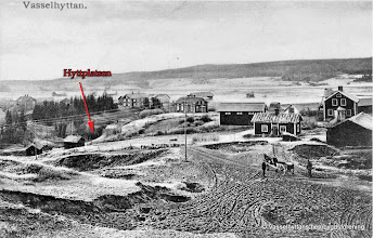 Photo: Vy från Åsbacken. Wasselhyttan låg i Dammbäckens dalgång. Byn byggdes upp runt hyttan och uppdelades i 6 hemman. Dagens riksväg 50 går på ängarna vid de små ängsladorna på bilden. Foto från omkring år 1900.