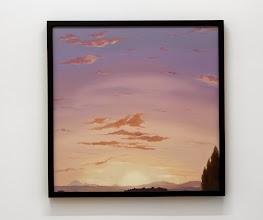 Photo: Cielo inanimado rojo. 2014 Óleo sobre tela y molduras 63 x 63 cm