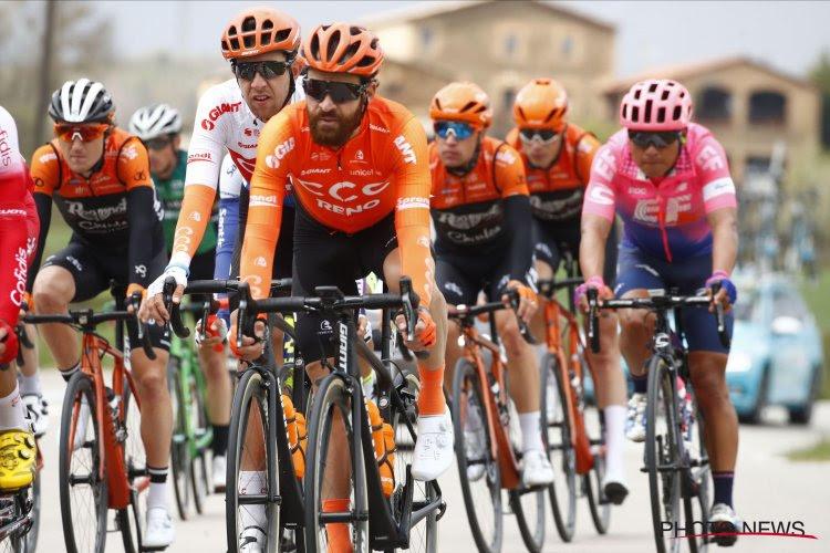 Opnieuw pech voor ploegmaat van Greg Van Avermaet: sleutelbeenbreuk na comeback in Catalonië