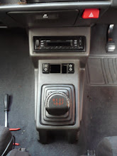Photo: Renault 5 Gt Turbo Console with Electric Windows Switches.