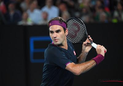 Roger Federer komt na één set helemaal onder stoom en staat in de kwartfinales